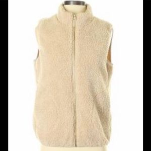 Mossimo Supply Co. Sherpa Vest large NWT